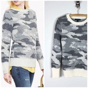 Banana Republic Camo Crewneck Sweater Gray Wool S